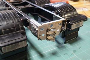 Frame end / Crossbar with tow hitch for tamiya frame